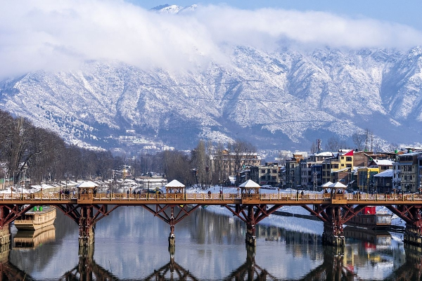 7Night 8 Days Kashmir Tour with delhi